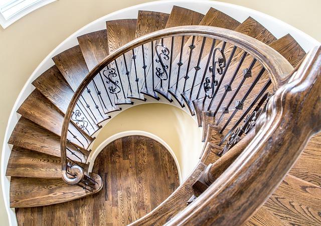 schody se zábradlím