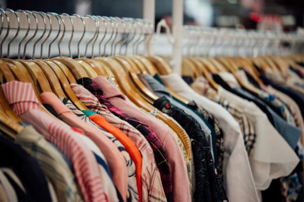 shop-clothing-clothes-shop-hanger-modern-shop-boutique_1150-8886